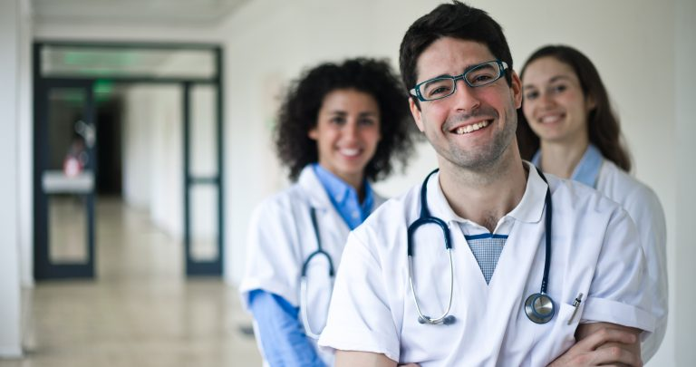 Oferta de empleo para Otorrinolaringólogo en Bad Pyrmont, Alemania